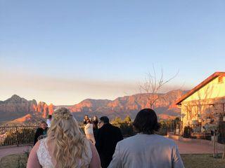 Sky Ranch Lodge 7