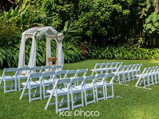 Haiku Gardens Weddings 5