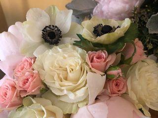 Amoré Floral Designs 1