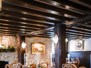 The Red Fox Inn & Tavern 1