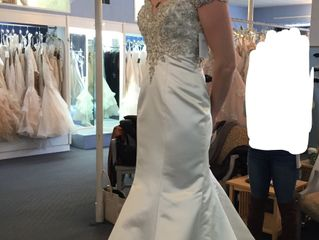 Alessia's Bridal and Formal Wear 3