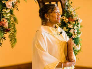 Rev. Jasmine Loney - Wedding Officiant 1