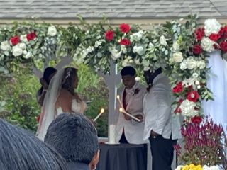 Aretha Gaskin - Officiant 3