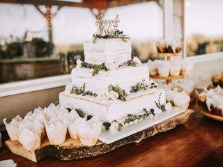 Uniquely Cakes 2
