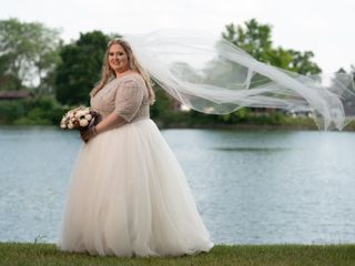 Volle's Bridal & Boutique 5