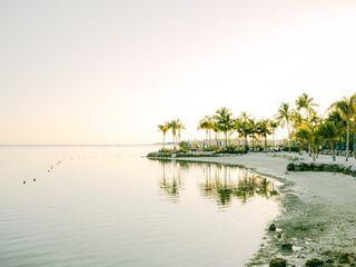 Postcard Inn Beach Resort & Marina 2