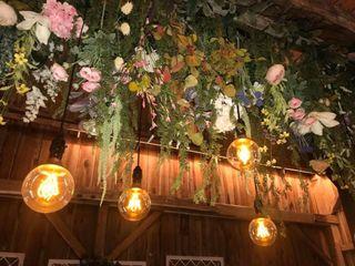 Sonshine Barn Wedding & Event Center 7