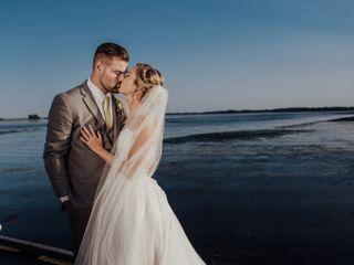 Elegant Touch Bridal & Tuxedo 4