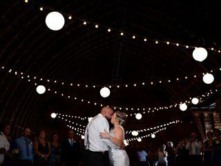 MKJ Farm Barn Weddings 2