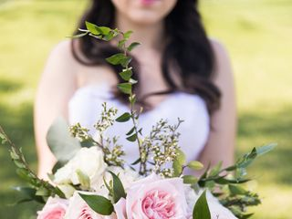 Sweet Willow Floral 4