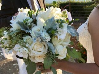 Shell Beach Floral Design by Amanda 3