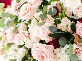 Tourterelle Floral Design 5