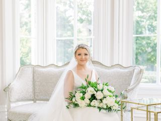 Alexia's Bridal Boutique 4