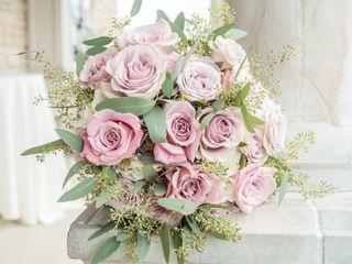 Lizzie Bee's Flower Shoppe 2