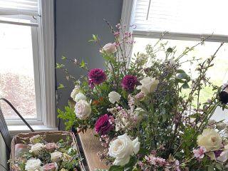 Misty Acres Flower Farm & Floral Design 4