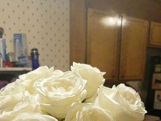 Global Rose 1