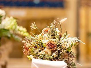 Alexandra Abuza Floral & Garden 2