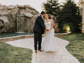 Award Winning Officiant & Wedding Planning Consultant 2