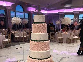 Creative Cakes 7