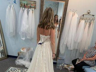 Marianne's Bridal Outlet 5