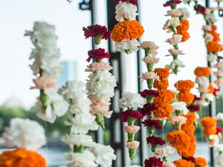 Artistic Blossoms Floral Design Studio 2