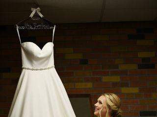 Raffiné Bridal & Formal Wear 5