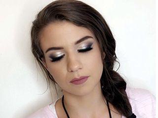 Lashira Davidson Makeup 3