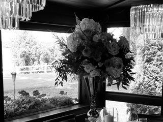 Blume Bouquets 3