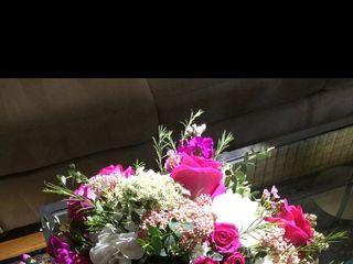 Twinbrook Floral Design 3