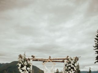 Glacier Raft Company Weddings & Events 7