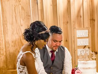 J Designs, A Wedding Flower Boutique 4