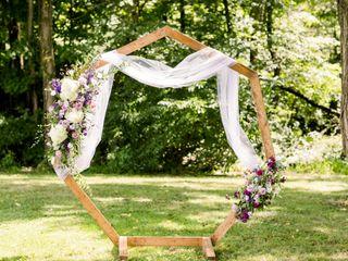 Monzie's Floral Design 3