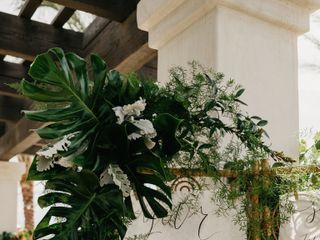Palm Springs Florist® 5