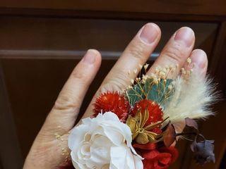 AMK Floral 4