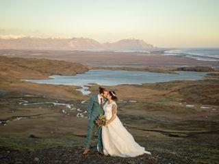 Photos by Miss Ann / Iceland Wedding Planner / Your Adventure Wedding 4
