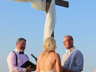 Chris Gray Wedding Officiant 4