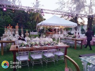 Crazy Flowers Wedding And Event Planners 1