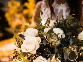Love Blooms Wedding and Event Design 1