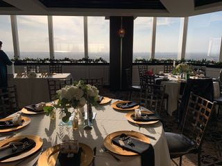 Pacific View Tower Club by Wedgewood Weddings 2