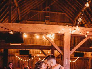 Sonshine Barn Wedding & Event Center 3