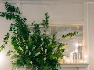 Petals by the Shore Wedding & Event Floral Designs 4