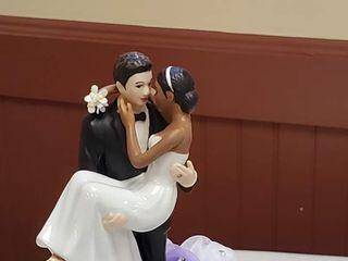 Patricia's Weddings and Custom Cakes 1