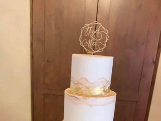 Creations Cakes 1