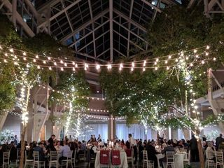 The Wintergarden by Monroe's 2