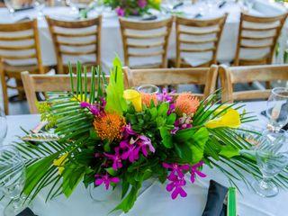Love In Bloom Florist 3