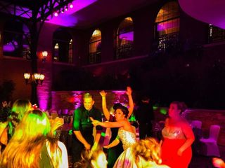 R&R Sound and Lighting DJ Service 6