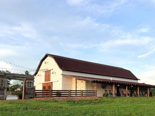 The Barn at Cranberry Creek 3