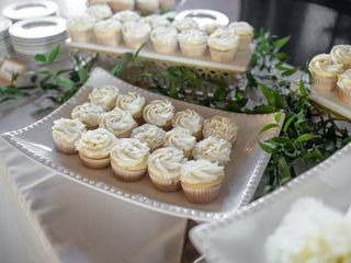 Sweet Promises Wedding Cakes 2