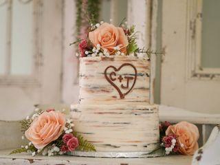 Paisley Cakes 5