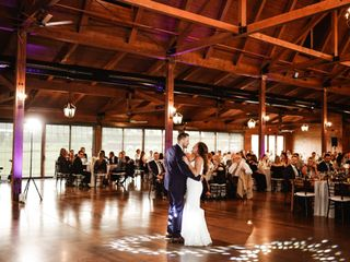 The Pavilion at Orchard Ridge Farms - Exclusive Catering by Henrici's 7